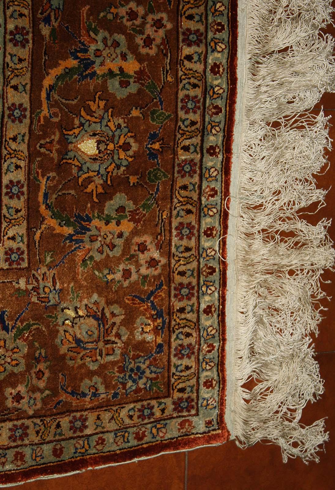 N. 10811, Herekè seta, Turchia, la bordura.